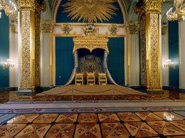 Кремлёвский трон: битва двух орлов