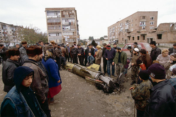 21.10.1999 г. русские нанесли ракетный удар по роддому и базару в Джохаре