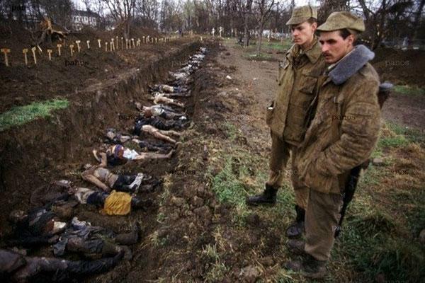 Говорите чеченские боевики резали головы? А вот что делали русские солдаты!