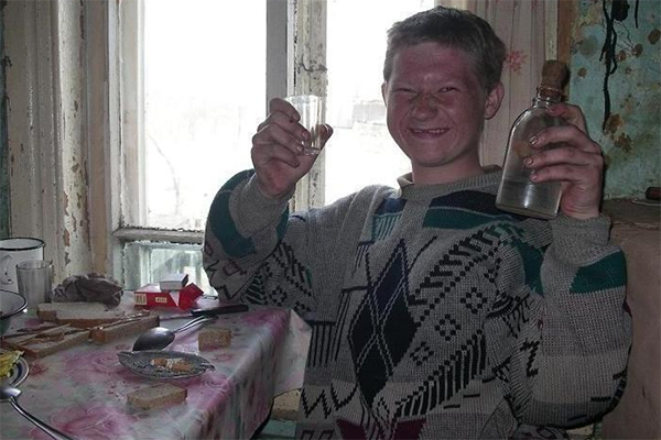 porno-zhenskie-na-hate-russkoe-soset-porno